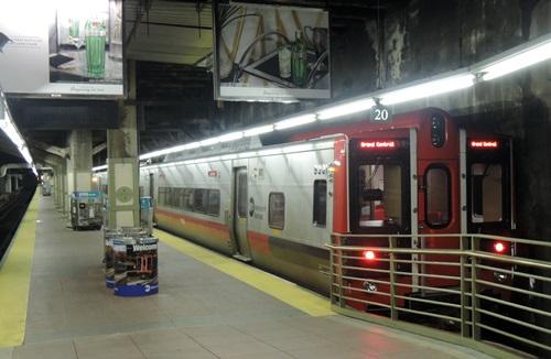 CELLAR'S DIARY » metro-north鉄...
